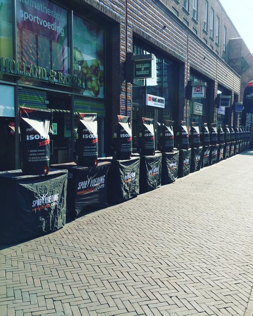 Eiberrun - SportvoedingWebshopcom voorziet alle lopers van een bidon en Iso Drink